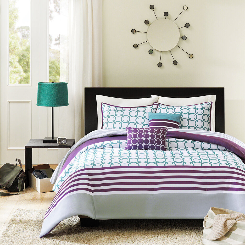 Purple comforter sets purple bedroom ideas for Purple and white bedroom designs
