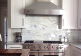 9 White Kitchens That Sparkle