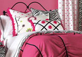 Hot Pink Teen Bedroom Decor
