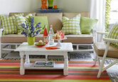 How to Decorate Colorful Spaces