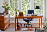 Simple and Traditional Home Office