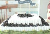 DIY Wedding Cake: Berry Wedding Sheet Cake