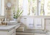 Room Gallery: Bright Bathrooms