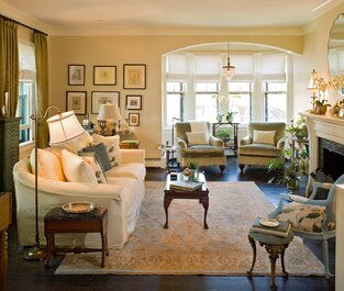 Traditional Living Room photo by KF Interior Design