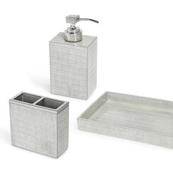 <strong></strong> Thompson Bathroom Accessories Collection in Silver