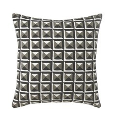 <strong>Deco Pyramid Pillow</strong>